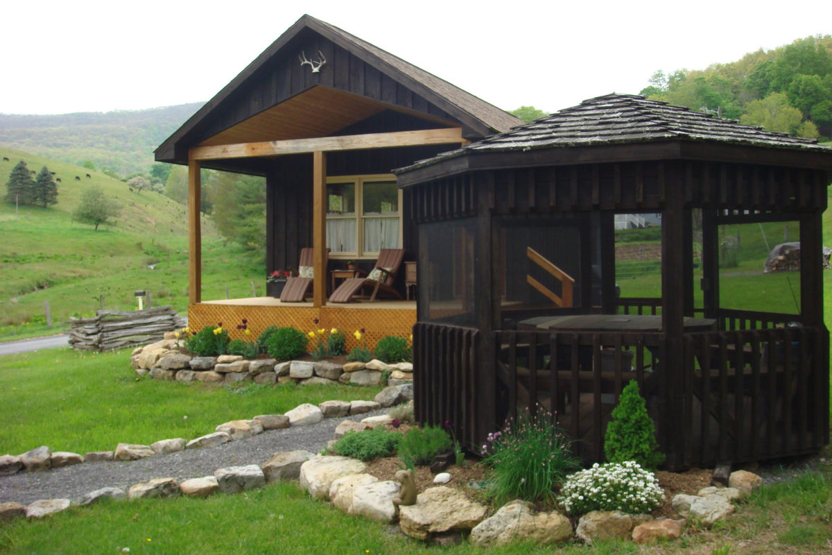 Laurel Run Cabin Monterey